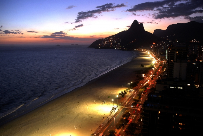 Leblon - Ipanema beach at Night