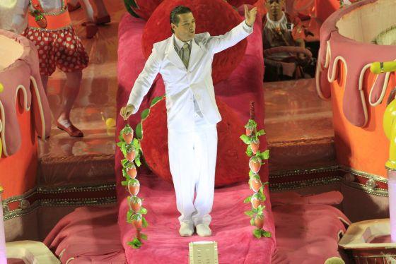 Les différents types de Parade de Samba, depuis la Parade des Enfants et celle du Groupe d'Accès jusqu'à celle du Groupe Spécial