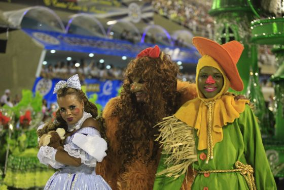 Apprenez à Connaître ce qu'est la Parade Samba de Rio de Janeiro
