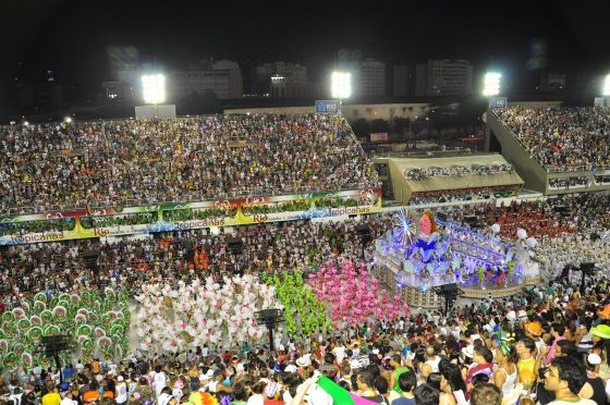 Come and Watch Samba Balls, Parades and Parties at the Carnival in Rio.