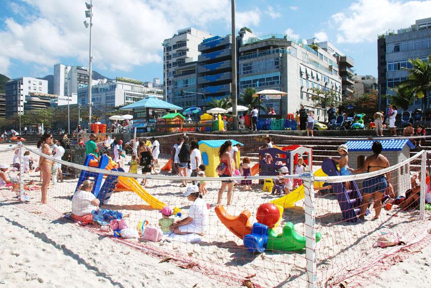 Baixo Bebe (Baby) - Leblon Beach