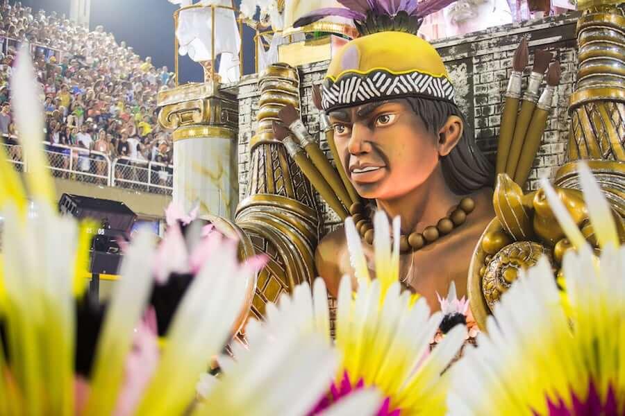 Lujosas Carrozas en el Carnaval de Rio