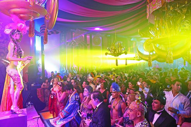 Salón Gold en el Baile Mágico