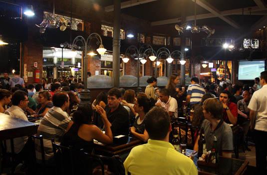 Lapa restaurants and bars in Rio de Janeiro