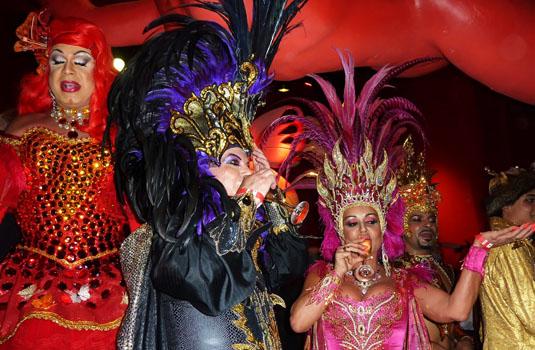 Gay balls durgin Rio carnival