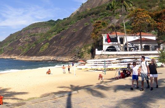 Praia Vermelha close to the sugar loaf station