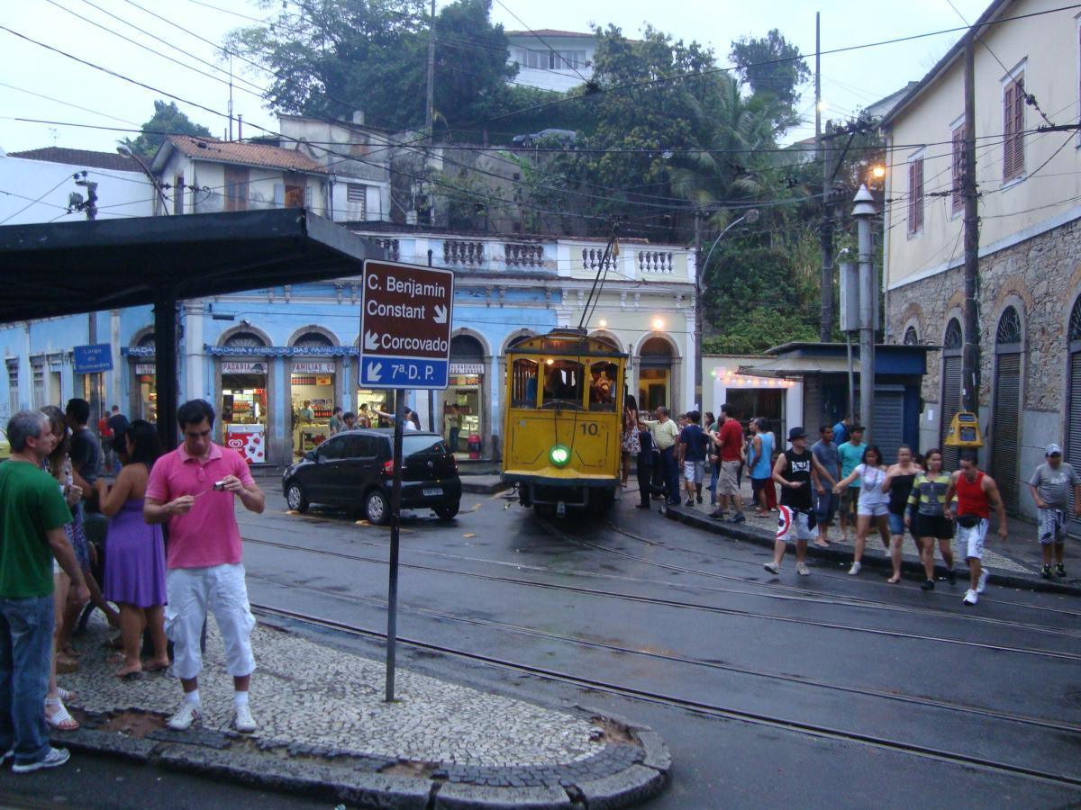 Largo dos Guimaraes - Sta Teresa - Rio de Janeiro