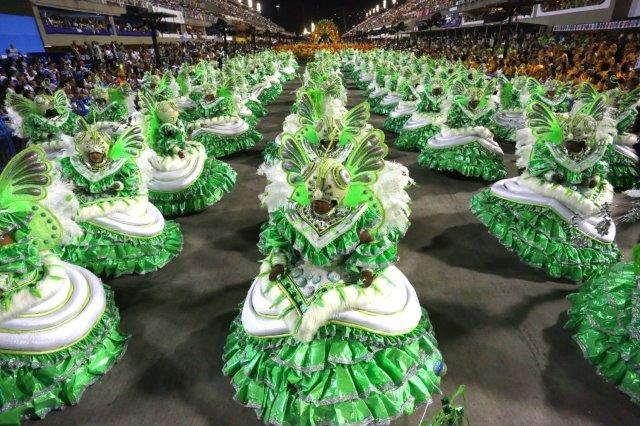 Bahianas - Samba schools carnival parade in Rio de Janeiro
