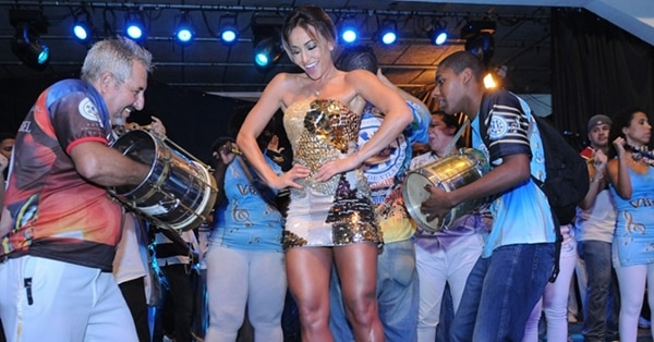 Celebrities and musicians during Carnival